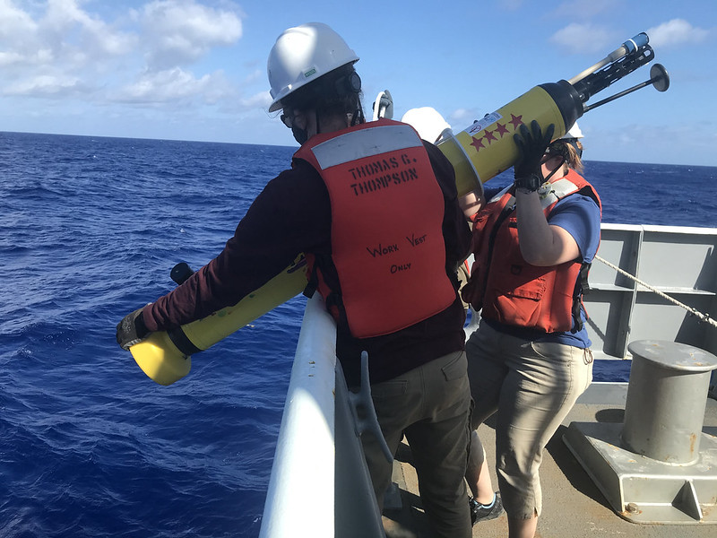 Robots to fan out across world's oceans to monitor their health